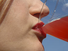 Газировка провоцирует у женщин инсульты, показали наблюдения
