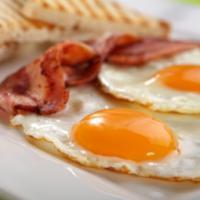 Одна жирная отбивная на обед ухудшает состояние артерий