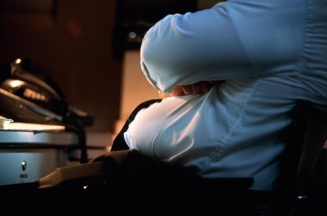 В результате длительного сидения страдает перикард