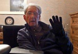 Больным, утратившим дар речи после инсульта, поможет «говорящая перчатка»