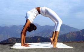 Йога может помочь людям с нерегулярным сердечным ритмом