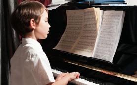 Занимаясь музыкой в детстве, можно защитить мозг в старости