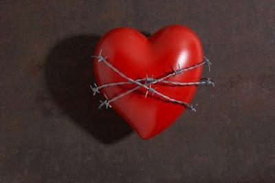 Учеными утверждается, что женщины чаще, чем мужчины, переносят инфаркт без болей в груди