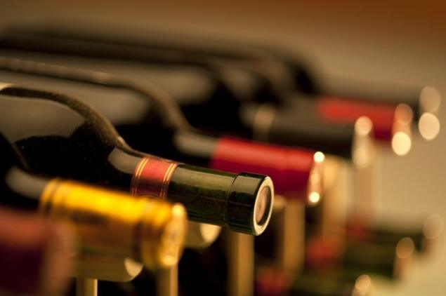 Вино в совокупности с ежедневной зарядкой – отличная профилактика болезней сердца