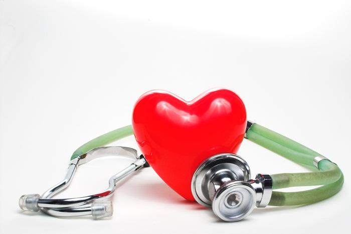 Госпитализация больных, страдающих ХБП, по поводу сердечной недостаточности связана с риском развития острой почечной недостаточности