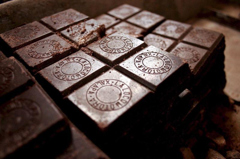 Темный шоколад и пиво защищают сердце