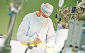 В России впервые операцию на сердце провел робот-хирург