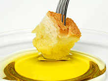 Хлеб и оливковое масло — идеальное сочетание, уверены кардиологи
