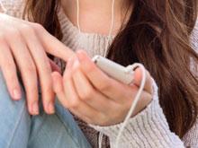 Использование смартфона меняет мозг людей
