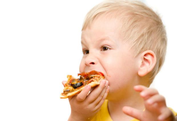 Неправильное питание негативно отражается на работе сердца детей