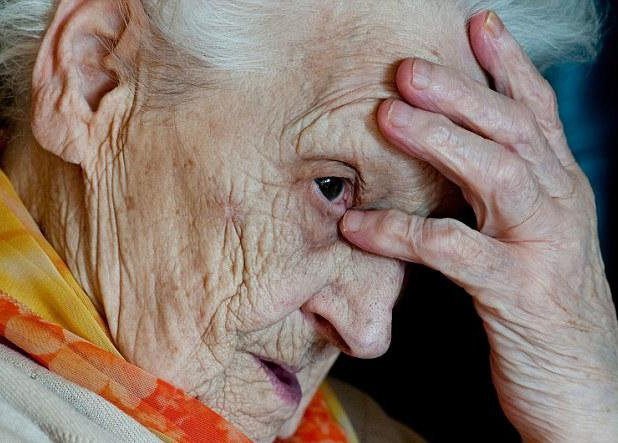 Чтение: лучшая профилактика болезни Альцгеймера