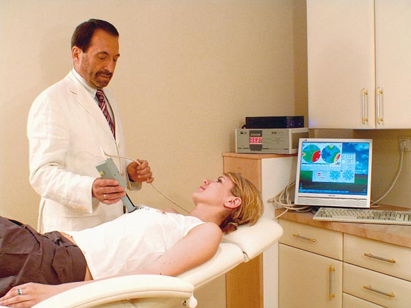 Современная частная клиника гинекологии оказывает услуги по диагностике и лечению многих заболеваний.