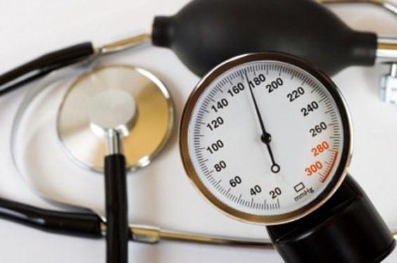 Как быстро снизить высокое давление: эффективные дыхательные упражнения