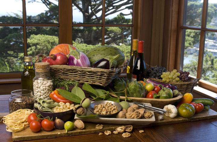 Гибрид средиземномроской диеты на 50% снижает риск деменции