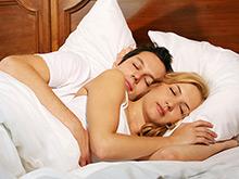 Правильная поза для сна защитит от болезни Альцгеймера