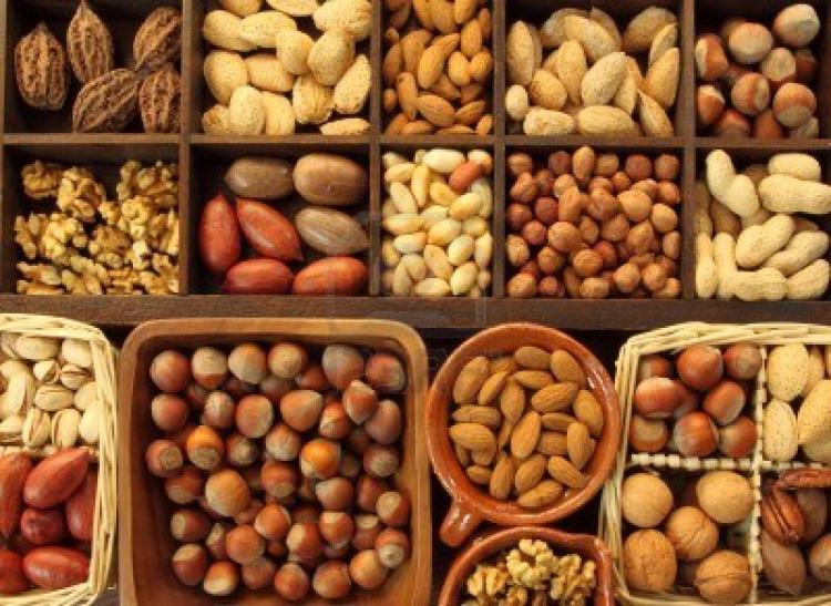 Орехи укрепляют сердце