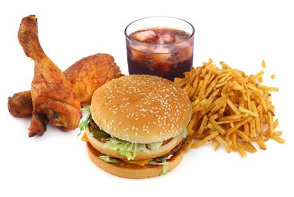 Вредная пища изменяет мозг