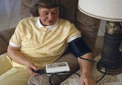 Почему артериальное давление следует измерять не только в кабинете врача