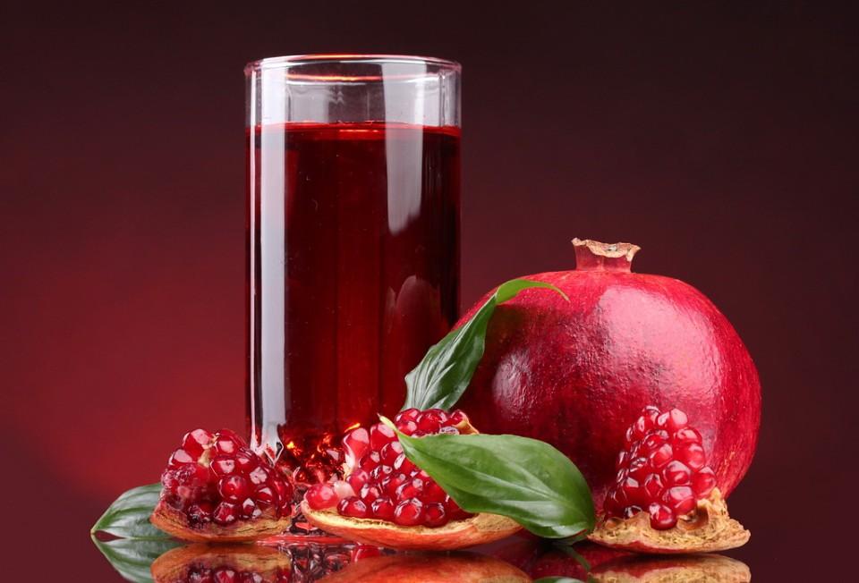 Доказана польза употребления гранатового сока Надежная защита сердца и мозга