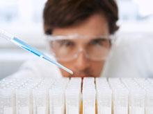 Генетики поняли, какие особенности генома приводят к болезни Альцгеймера