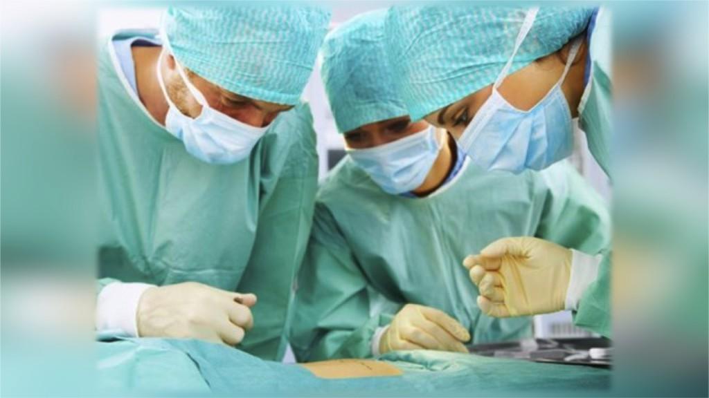 Почему важно своевременно посещать хирурга