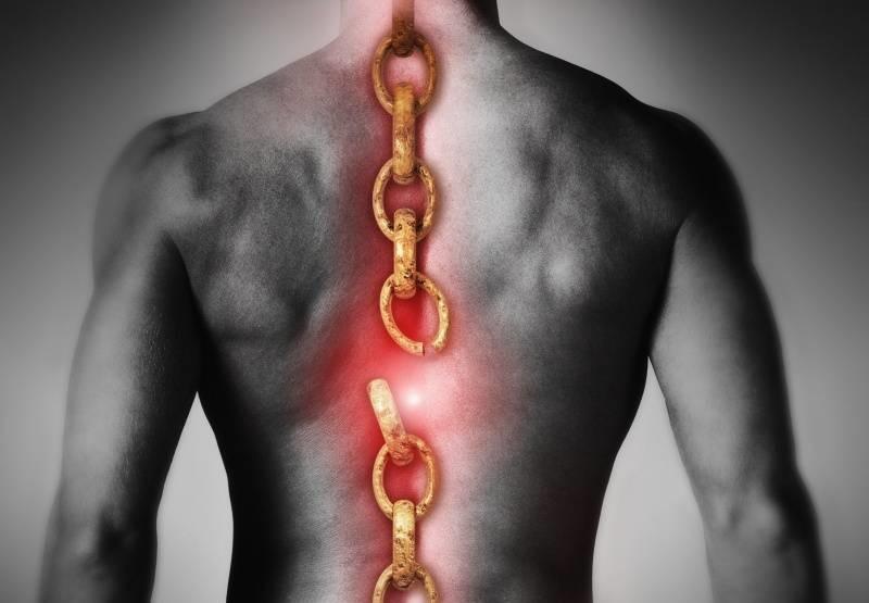 Причина необратимости травм спинного мозга
