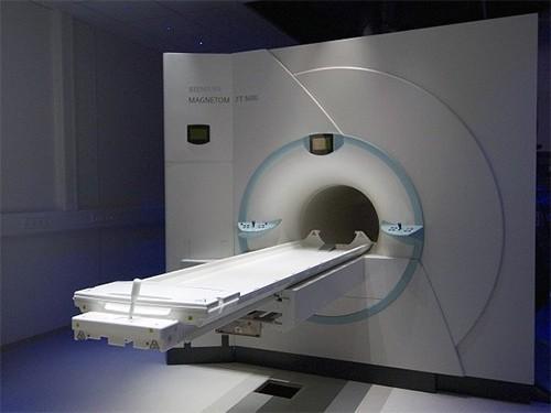 Немецкие кардиологи обследовали пациентов с помощью 7Т-томографа