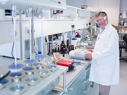 Новое лекарство против бокового амиотрофического склероза продлит жизнь пациентам на два года