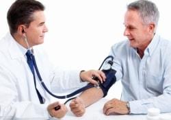 Лечение гипертонии защищает не только от инфаркта, но и от деменции