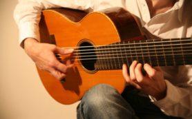 Игра на музыкальных инструментах защищает от развития деменции