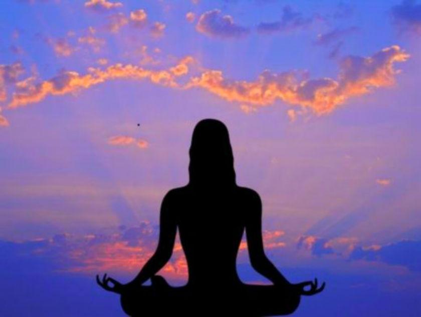 Медитация понижает давление