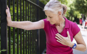 Инфаркт у пожилых женщин могут вызвать биодобавки