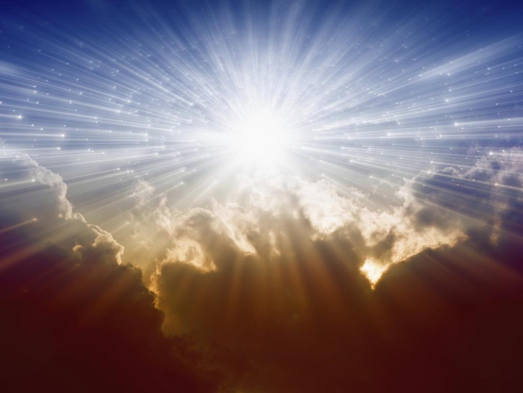 Яркий свет защищает сердце