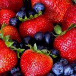 Клубника и черника снижает риск сердечных приступов на треть