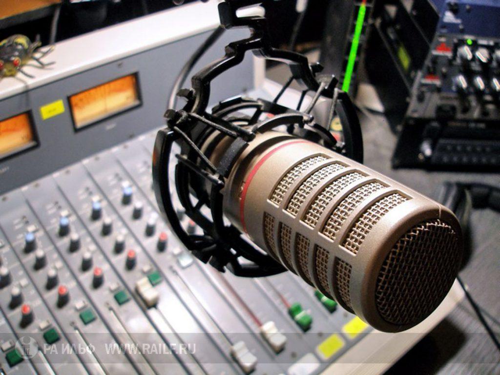 Радио повышает активность мозга