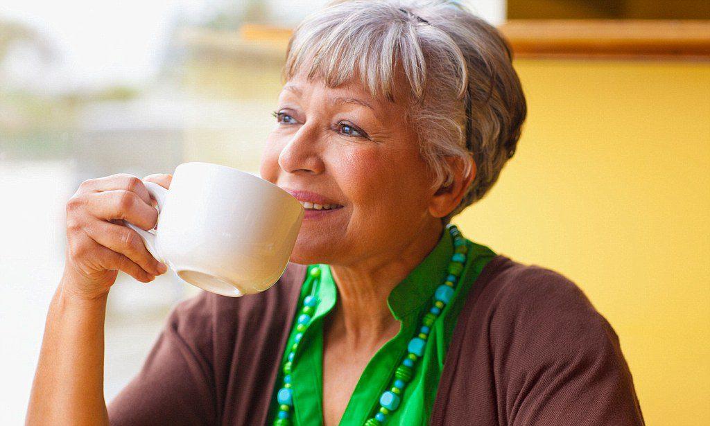 В старости кофеин укрепляет сердце