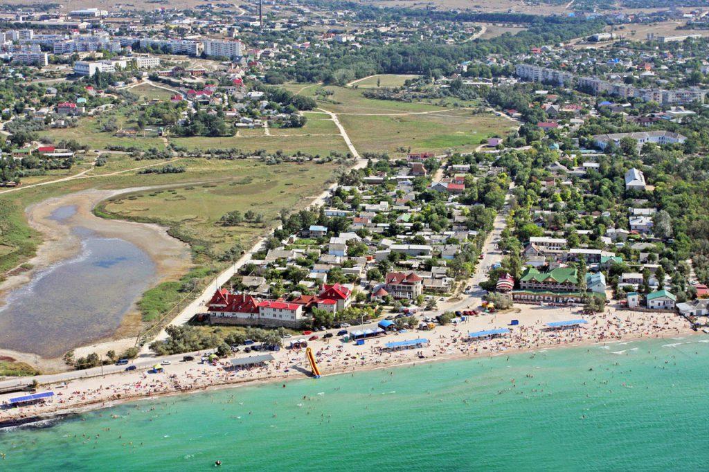 Основные достопримечательности Черноморского и его окрестностей