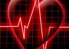 Сибирские хирурги впервые установили девушке два механических «сердца»