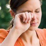 Простая соринка может вызвать серьезные нарушения зрения