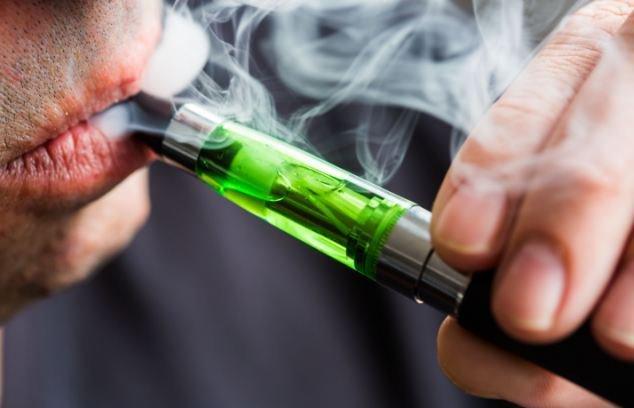 Ароматизаторы для электронных сигарет вредят сердцу