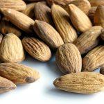 Медики уточнили данные о влиянии орехов на сердце