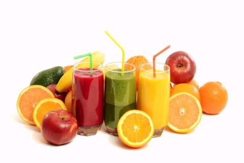 Диетологи назвали семь самых полезных напитков