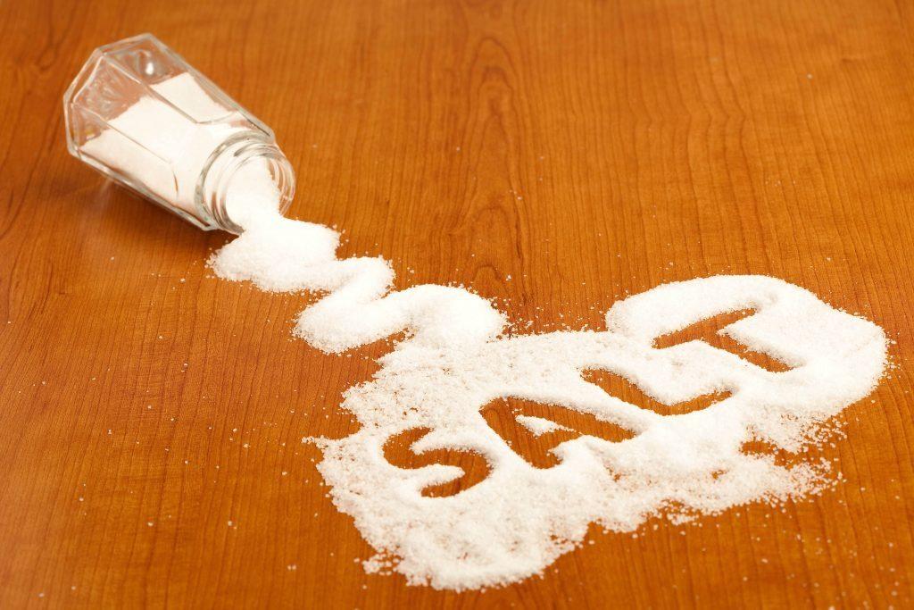 Ученые: соль убивает сердце и сосуды