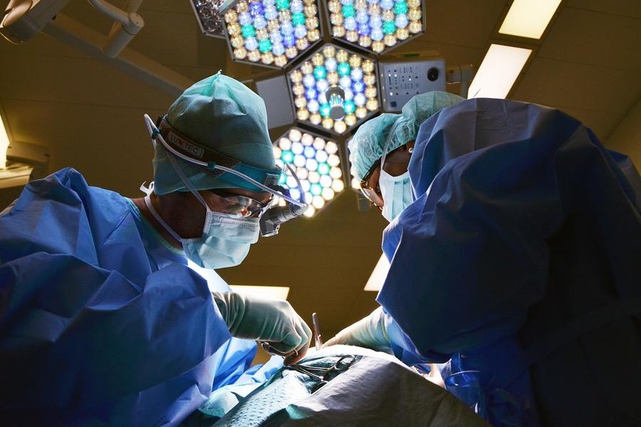 Пятерым детям в Ставрополе провели операции на сердце, не проронив ни капли крови