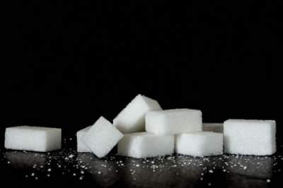 Медики назвали безопасную дневную норму сахара