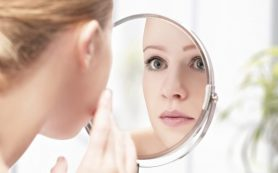 Проблемы со здоровьем: пять тревожных сигналов, которые можно увидеть в зеркале