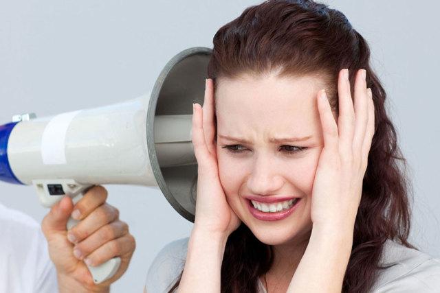 Шумы в голове: симптомы и народные способы лечения