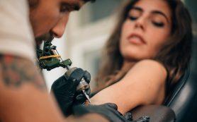 Как наносят татуировку