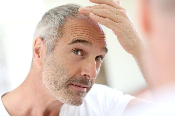 Седина связана с повышенным риском развития заболеваний сердца у мужчин