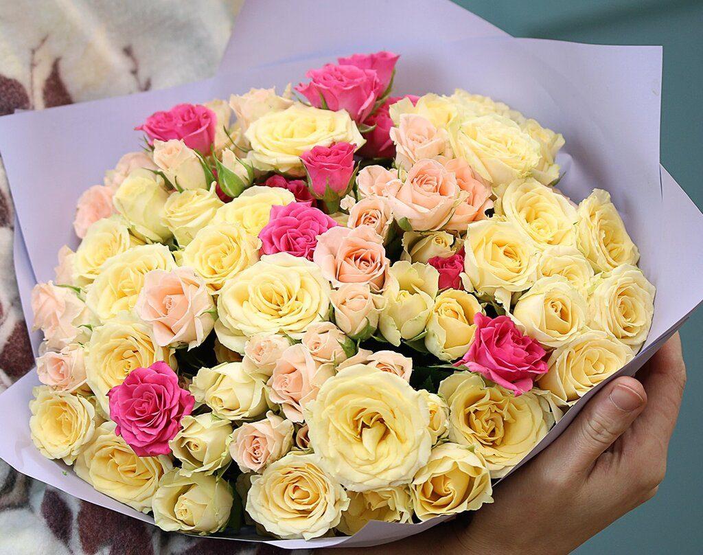 Преимущества цветов на заказ